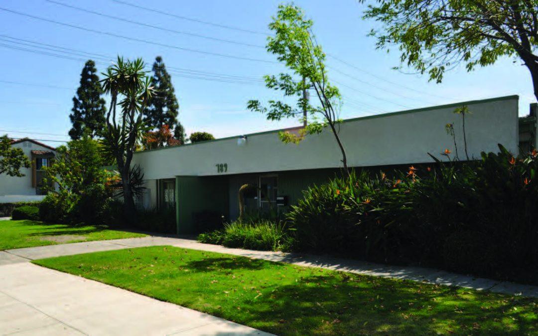 789 W 20th St, Costa Mesa, CA 92672